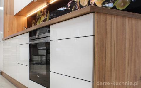 Fronty akrylowe do kuchni